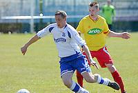 KFC Lichtervelde - KVC Ardooie : Francis Cocquyt (links) aan de bal voor Jordy Vandewalle (r)<br /> Foto VDB / Bart Vandenbroucke