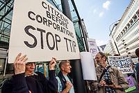 12.09.2014  - Stop TTIP & ISDS Demo at BIS
