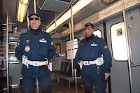 - municipal policeman in subway security service....- vigili urbani in servizio di sicurezza in metropolitana