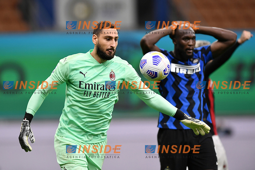 Gianluigi Donnarumma of AC Milan celebrates while Romelu Lukaku of FC Internazionale looks dejected at the end of the Serie A football match between FC Internazionale and AC Milan at stadio San Siro in Milano (Italy), October 17th, 2020. Photo Image Sport / Insidefoto