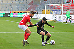 Papadopoulos gegen Ciftci (FCK) beim Spiel in der 3. Liga, Hallescher FC - 1. FC Kaiserslautern.<br /> <br /> Foto © PIX-Sportfotos *** Foto ist honorarpflichtig! *** Auf Anfrage in hoeherer Qualitaet/Aufloesung. Belegexemplar erbeten. Veroeffentlichung ausschliesslich fuer journalistisch-publizistische Zwecke. For editorial use only. DFL regulations prohibit any use of photographs as image sequences and/or quasi-video.