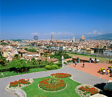 Italy, Tuscany, Florence: Panoramic City View from Piazza Michelangelo | Italien, Toskana, Florenz: Stadtansicht von der Piazza Michelangelo