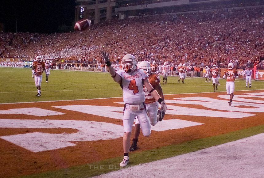 04 November 2006: Oklahoma State receiver Anthony Parks (#4) barely misses a catch in the endzone during the Texas Longhorns 36-10 victory over the Oklahoma State University Cowboys at Darrel K Royal Memorial Stadium in Austin, Texas.