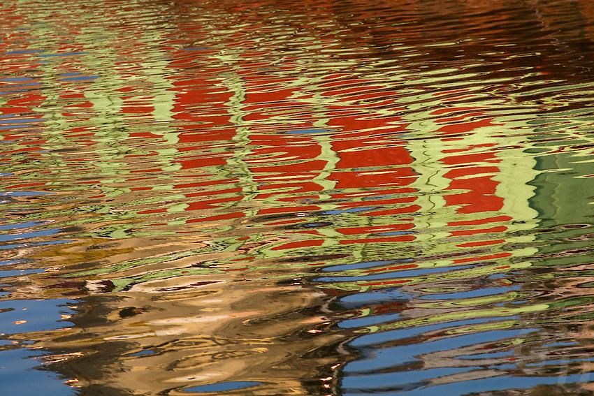 Varanasi India, amazing reflections on the Ganges