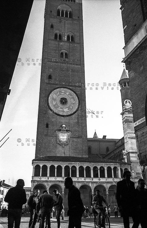 """Cremona, il campanile detto il """"Torrazzo"""", simbolo della città --- Cremona, the bell tower """"il Torrazzo"""", symbol of the city"""