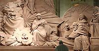 Papa Francesco omaggia il Presepe in piazza San Pietro  al termine dei Primi Vespri e Te Deum in ringraziamento per l'anno trascorso, Citta' del Vaticano, 31 dicembre 2018.<br /> Pope Francis visits the Nativity scene in St. Peter's Square, following the 'Te Deum' prayer for the year 2018, at the Vatican, on December 31, 2018.<br /> UPDATE IMAGES PRESS/Isabella Bonotto<br /> <br /> STRICTLY ONLY FOR EDITORIAL USE