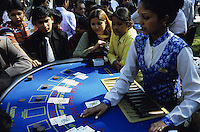 INDIA Mumbai, turf club, horse race course Mahalaxmi in Bombay, casino  / INDIEN, Mumbai Bombay, Pferderennbahn Mahalaxmi , casino Gluecksspiel