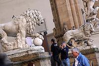 Loggia dei Lanzi, leone di Flaminio Vacca<br /> Firenze 07-10-2016. Luoghi e Monumenti della citta'. <br /> Florence 7th October 2016. Places and monuments of the city.<br /> Foto Samantha Zucchi Insidefoto