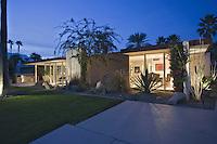 Night view of William Cody designed Mid-Century Modern home