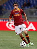 Calcio, Serie A: Roma vs Chievo Verona. Roma, stadio Olimpico, 7 maggio 2013..AS Roma defender Dodo', of Brazil, in action during the Italian Serie A football match between AS Roma and ChievoVerona at Rome's Olympic stadium, 7 May 2013..UPDATE IMAGES PRESS/Riccardo De Luca