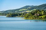 Austria, Upper Austria, Salzkammergut, Lake Irrsee also named Zeller Lake is the warmest lake of the Salzkammergut   Oesterreich, Oberoesterreich, Salzkammergut: der Irrsee, auch Zeller See genannt, der waermste See des Salzkammerguts