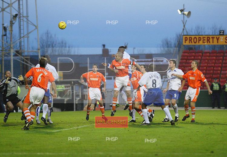 9C8771 McGregor header.Blackpool v Tranmere