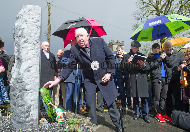 Mickey Burke lays a wreath at the unveiling of a commemorative stone in memory of the Kinvara Company Irish Volunteers. Photograph by John Kelly.