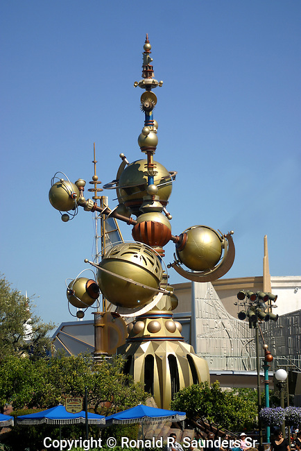 STRUCTURE AT ENTRANCE TO DISNEY LAND'S TOMORROWLAND (2)