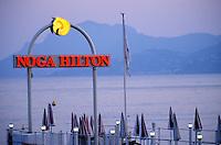 France/06/Alpes-Maritimes/Cannes: Sur la croisette plage de l'hotel Noga Hilton
