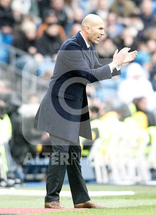 Real Madrid's Zinedine Zidane during La Liga match. February 13,2016. (ALTERPHOTOS/Acero)