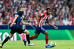Thomas Lemar (R) of Atletico de Madrid fights for the ball with Marcelo Brozovic of FC Internazionale during their International Champions Cup Europe 2018 match between Atletico de Madrid and FC Internazionale at Wanda Metropolitano on 11 August 2018, in Madrid, Spain. Photo by Diego Souto / Power Sport Images