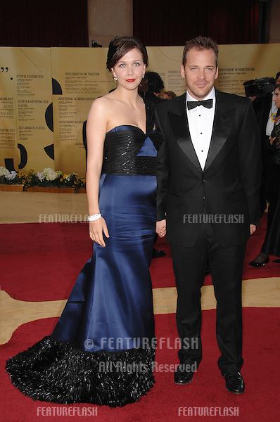Maggie Gyllenhaal & Peter Sarsgaard at the 79th Annual Academy Awards at the Kodak Theatre, Hollywood..February 25, 2007  Los Angeles, CA.Picture: Paul Smith / Featureflash