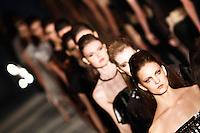 SAO PAULO, SP, 20 DE JANEIRO 2012 - SPFW  - DESFILE IODICE - Desfile da grife Iodice na São Paulo Fashion Week 2012, no prédio da Bienal, no Parque do Ibirapuera, na zona sul de São Paulo, nesta sexta-feira, 20. (FOTO: VANESSA CARVALHO - NEWS FREE).