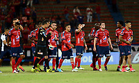 MEDELLÍN - COLOMBIA, 27-07-2017: Jugadores de Medellin lucen decepcionados después del partido entre Independiente Medellin de Colombia y Racing Club de Argentina por la segunda fase, llave 1, de la Copa CONMEBOL Sudamericana 2017 jugado en el estadio Atanasio Girardot de la ciudad de Medellín. / Players of Medellin look disappointed after the match between Independiente Medellin of Colombia and Racing Club of Argentina for the second phase, key 1, of the Copa CONMEBOL Sudamericana 2017 played at Atanasio Girardot stadium in Medellin city. Photo: VizzorImage/ León Monsalve /
