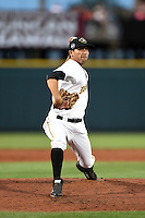 Bradenton Marauders pitcher Andy Otamendi (52) delivers a pitch during a game against the Jupiter Hammerheads on April 17, 2015 at McKechnie Field in Bradenton, Florida.  Bradenton defeated Jupiter 11-6.  (Mike Janes/Four Seam Images)