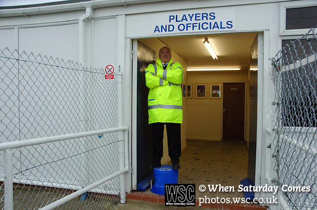 Billericay 1 Swansea City 2, 10/11/2007. New Lodge, FA Cup 1st Round. Photo by Simon Gill.