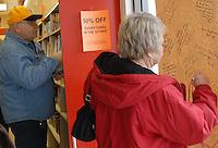 B. Dalton Bookstore Closing