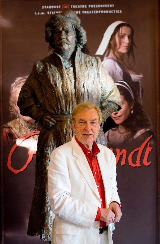Nederland, Amsterdam, 11-07-2006, Henk van der Meyden, directeur van Stardust Theatre, producent van Remnbrandt the Musical..© foto Michael Kooren/Hollandse Hoogte.