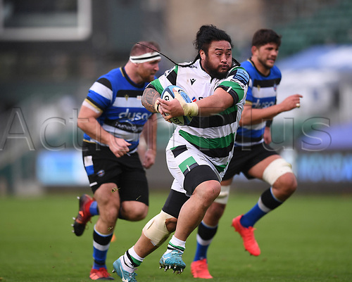 21st November 2020; Recreation Ground, Bath, Somerset, England; English Premiership Rugby, Bath versus Newcastle Falcons; Logovi'i Mulipola of Newcastle Falcons makes a break