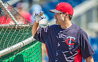 8 June 2013: Minnesota Twins utilityman Jamey Carroll awaits his turn in the batting cage prior to a game against the Washington Nationals at Nationals Park in Washington, DC. The Twins edged out the Nationals 4-3 in 11 innings. Mandatory Credit: Ed Wolfstein Photo *** RAW (NEF) Image File Available ***