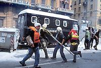 - manifestations against the international G8 summit in Genoa, July 2001, demonstrators assaults a police armored vehicle during the riots....- manifestazioni contro il summit internazionale G8 a Genova nel luglio 2001, i dimostranti assaltano un veicolo blindato dei Carabinieri durante gli scontri