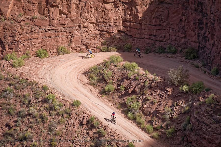 Bikers on Schaeffer Trail, Canyonlands NP