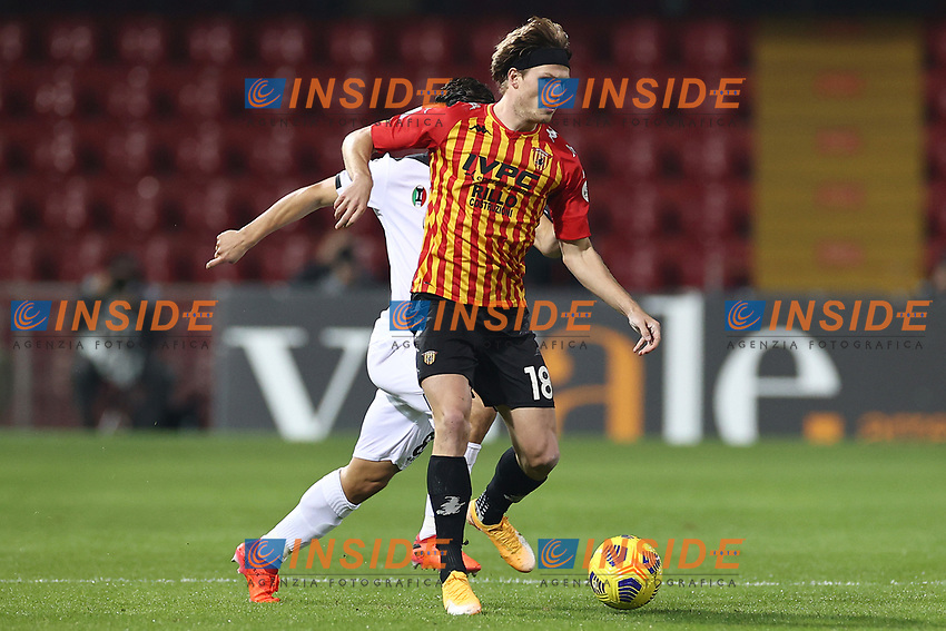 Foulon Daam of Benevento Calcio<br /> during the Serie A football match between Benevento Calcio and Spezia Calcio at stadio Ciro Vigorito in Benevento (Italy), November 7th, 2020. <br /> Photo Cesare Purini / Insidefoto