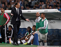 Calcio, finale Tim Cup: Milan vs Juventus. Roma, stadio Olimpico, 21 maggio 2016.<br /> Juventus coach Massimiliano Allegri, left, talks to his players during the Italian Cup final football match between AC Milan and Juventus at Rome's Olympic stadium, 21 May 2016.<br /> UPDATE IMAGES PRESS/Isabella Bonotto