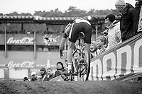 Sanne Cant (BEL) into the abyss<br /> <br /> UCI Worldcup Heusden-Zolder Limburg 2013