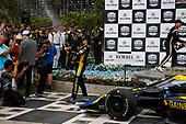 #26: Colton Herta, Andretti Autosport w/ Curb-Agajanian Honda, Champagne