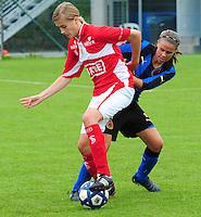 Club Brugge - Standard Femina :  Julie Biesmans en Nina Vindevoghel.fotografe Joke Vuylsteke - vrouwenteam.be