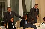 CARLO DE BENEDETTI, PIERO FASSINO, LUCA CORDERO DI MONTEZEMOLO E AZZURRA CALTAGIRONE<br /> CONVEGNO GIOVANI IMPRENDITORI DI CONFINDUSTRIA<br /> CAPRI 2005