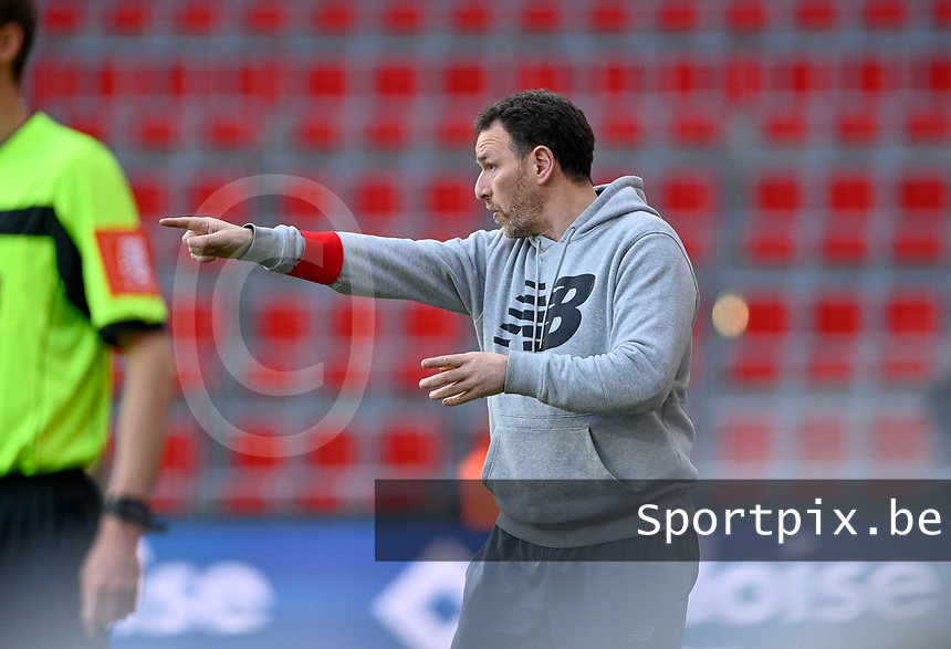 Head coach Hamide Lamara of Standard pictured during a female soccer game between Standard Femina de Liege and RSC Anderlecht on the 8th matchday in play off 1 of the 2020 - 2021 season of Belgian Scooore Womens Super League , tuesday 18 th of May 2021  in Angleur , Belgium . PHOTO SPORTPIX.BE   SPP   DAVID CATRY