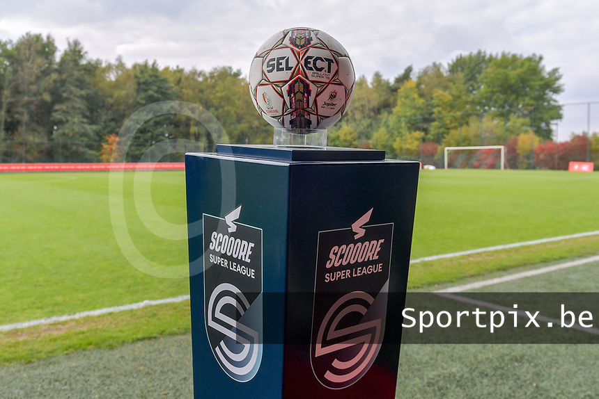 Matchball pictured during a female soccer game between Standard Femina de Liege and Dames SV Zulte Waregem on the fifth matchday of the 2020 - 2021 season of Belgian Scooore Womens Super League , saturday 17 th of October 2020  in Angleur , Belgium . PHOTO SPORTPIX.BE | SPP | STIJN AUDOOREN