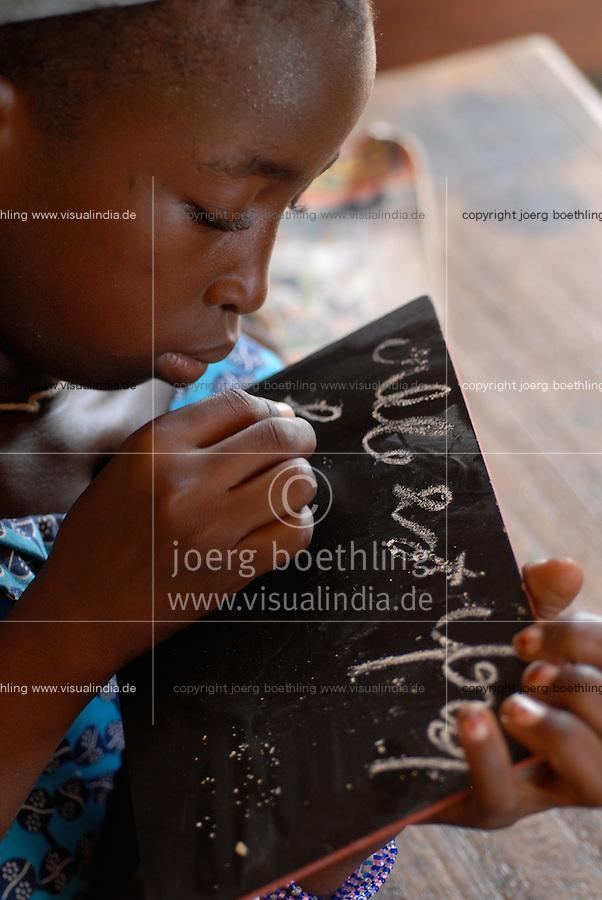MALI, school in village Sido / Mali, Schule des Dorf Sido