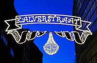 Kalverstraat in Amsterdam tijdens  de Feestdagen