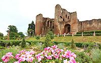 JUN 16 Kenilworth Castle & Gardens