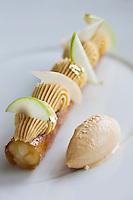Europe/France/Bretagne/22/Côtes d'Armor/Sables-d'Or-les-Pins/ Fréhel:  Marron confit , The Russe, recette de Maximin Hellio Restaurant: La Voile d'Or