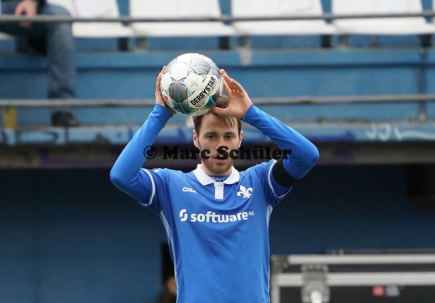Matthias Bader (SV Darmstadt 98) - 29.02.2020: SV Darmstadt 98 vs. 1. FC Heidenheim, Stadion am Boellenfalltor, 24. Spieltag 2. Bundesliga<br /> <br /> DISCLAIMER: <br /> DFL regulations prohibit any use of photographs as image sequences and/or quasi-video.