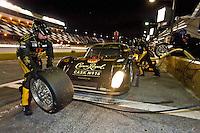 22-25 January, 2009, Daytona Beach, Florida USA.#16 Penske Racing Porsche/Riley of Timo Bernhard, Ryan Briscoe & Romain Dumas makes a pit stop..©F.Peirce Williams 2009.F.Peirce Williams.photography