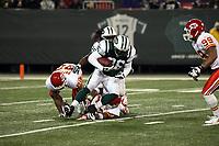 Cornerback David Barrett (Jets) hat den Ball<br /> New York Jets vs. Kansas City Chiefs<br /> *** Local Caption *** Foto ist honorarpflichtig! zzgl. gesetzl. MwSt. Auf Anfrage in hoeherer Qualitaet/Aufloesung. Belegexemplar an: Marc Schueler, Am Ziegelfalltor 4, 64625 Bensheim, Tel. +49 (0) 6251 86 96 134, www.gameday-mediaservices.de. Email: marc.schueler@gameday-mediaservices.de, Bankverbindung: Volksbank Bergstrasse, Kto.: 151297, BLZ: 50960101