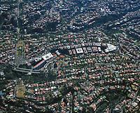 aerial photograph of residential and commercial real estate in the Bosques de las Lomas district, Mexico City | fotografía aérea de bienes raíces residenciales y comerciales en el distrito de Bosques de las Lomas, Ciudad de México