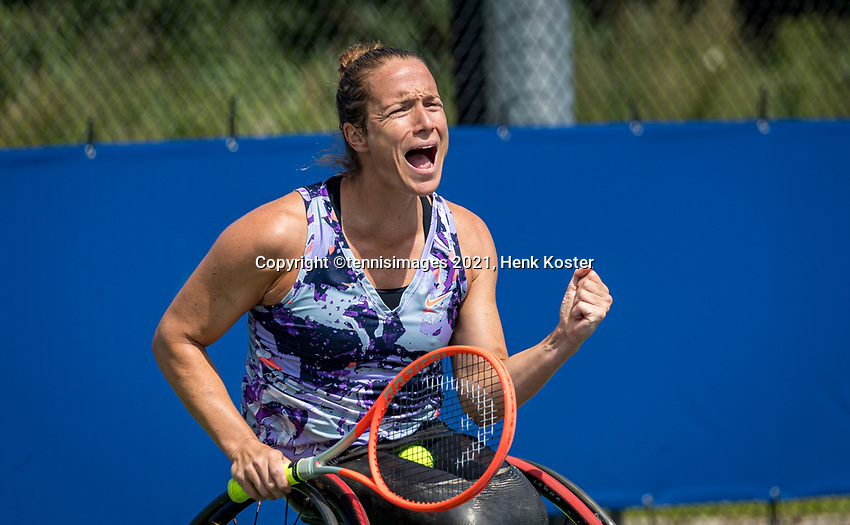 Amstelveen, Netherlands, 7 Augustus, 2021 National Tennis Center, NTC, NKR, National  Wheelchair Tennis Championships, Women's single final :  Jiske Griffioen (NED) becomes national Champion and screems it out<br /> Photo: Henk Koster/tennisimages.com