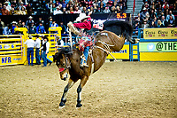 Saddle Bronc WNFR 1st Rnd 17-J37